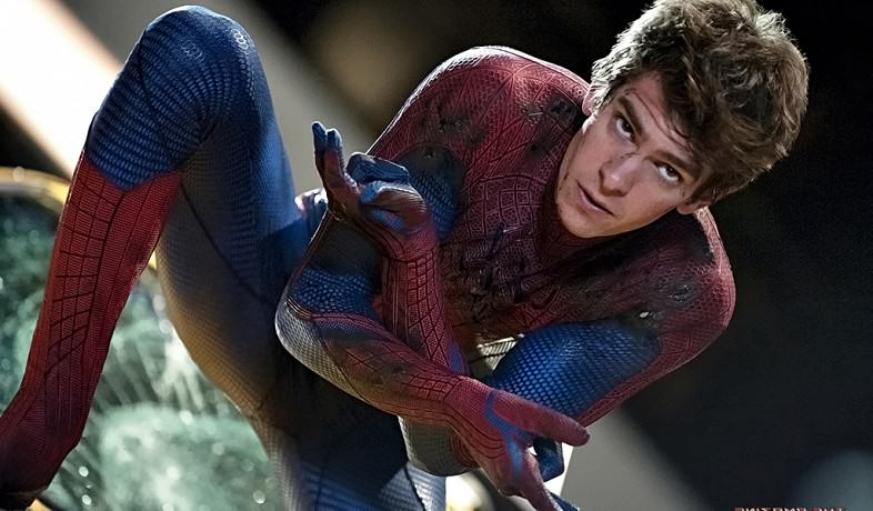 Spider Man Actor Andrew Garfield Has Interview Meltdown, Is Refreshingly Honest %name