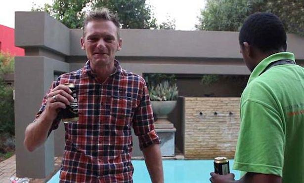 UNILAD David Scott and Kagiso Mokoape netwerk 248 New Tenants Of Oscar Pistorious Murder House Film Weird Tour Video
