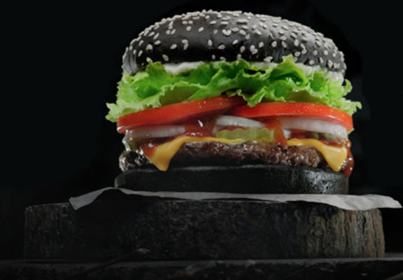 UNILAD black burger king WEB7 If You Eat Burger Kings Black Whopper It May Turn Your Poop Green, Apparently