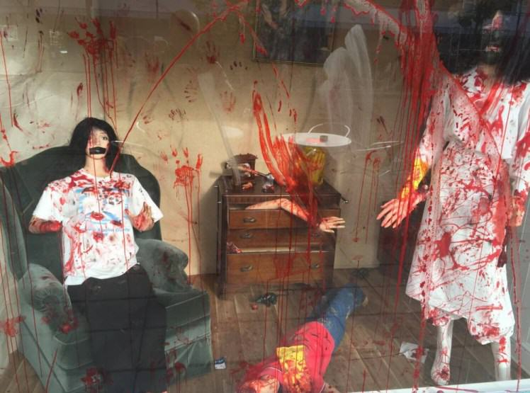 UNILAD cafe 196557 Police Order Cafe To Take Down Gruesome Halloween Display