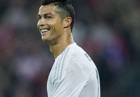 UNILAD cris mirror web47417 Cristiano Ronaldo Gets Dropped From Film, Stands To Net Huge Amount