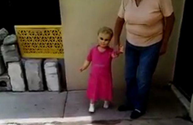 UNILAD doll14 This Viral Video Of A Creepy Walking Doll Has Terrified The Internet