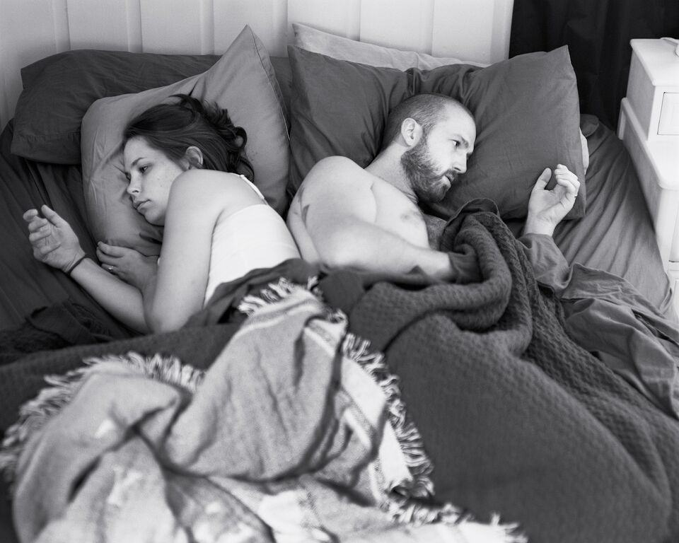 UNILAD eric photos 111 Photographer Shows What Our Lives Would Be Like Without Smartphones