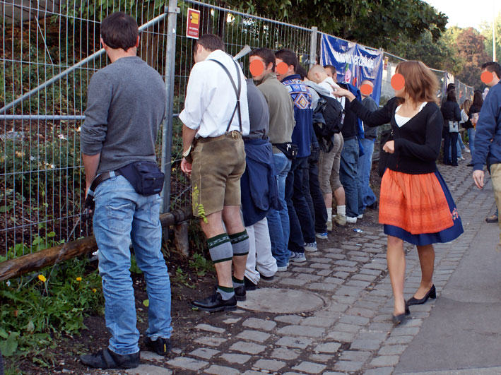 UNILAD okt1714428 The Classic And Messy Moments Of Oktoberfest 2015 (NSFW)