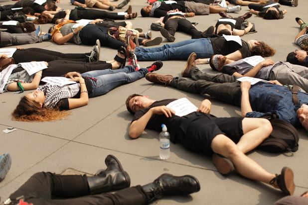 UNILAD sit down 37 Lazing Around May Not Actually Be Bad For Your Health, Apparently