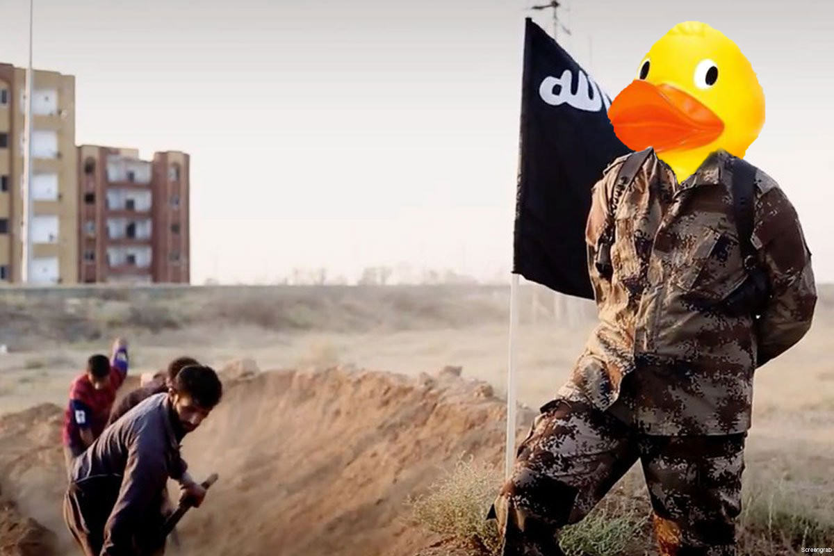 6 People Are Trolling The Shit Out Of ISIS Using Rubber Ducks