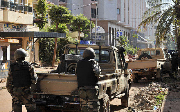 Death Toll Rises As Terrorists Kill Hostages In Mali Hotel UNILAD Malian troops take 3505765b14105
