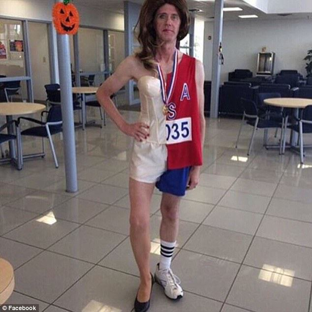 The Worst And Most Offensive Halloween Costumes Of 2015 UNILAD bruce cait97277