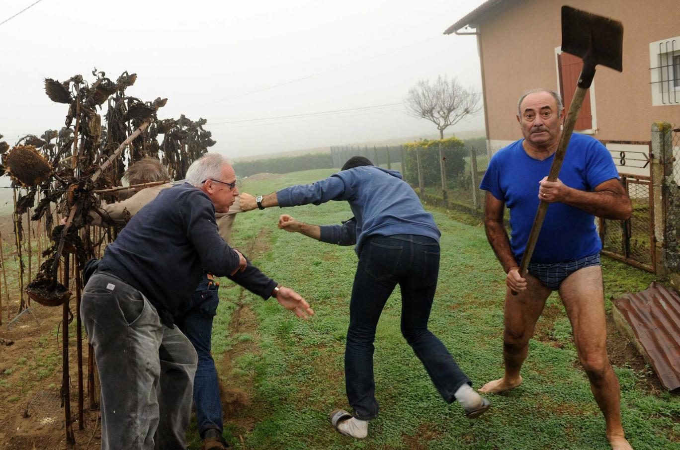 UNILAD getty36399 Man In Pants Who Attacked Journalists With Shovel Gets Photoshop Treatment