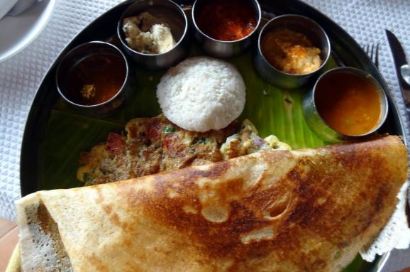 UNILAD im578x383 india breakfasts in india vary by region but often youll find a tray like this one crowded with chutneys dips and breads like dosa roti or idli95116 The Most Important Meal Of The Day? Around The World In 20 Breakfasts