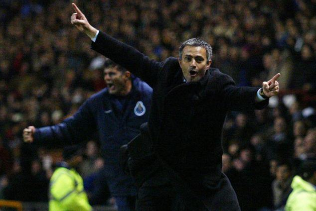 UNILAD jose ol31267 Jose Mourinho Is Chelseas Special One, And The Fans Know It