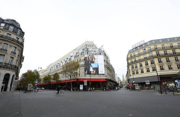 UNILAD paris deserted 383988 Sobering Images Of A Deserted Paris Following Terror Attacks