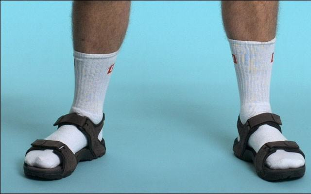 UNILAD socks88031 640x400 How To Tell If Youre Turning Into Your Dad