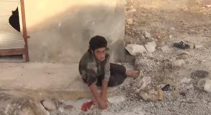 Horrific Footage Shows What Russian Bombs Are Doing To Syrian Villages UNILAD syria 126628
