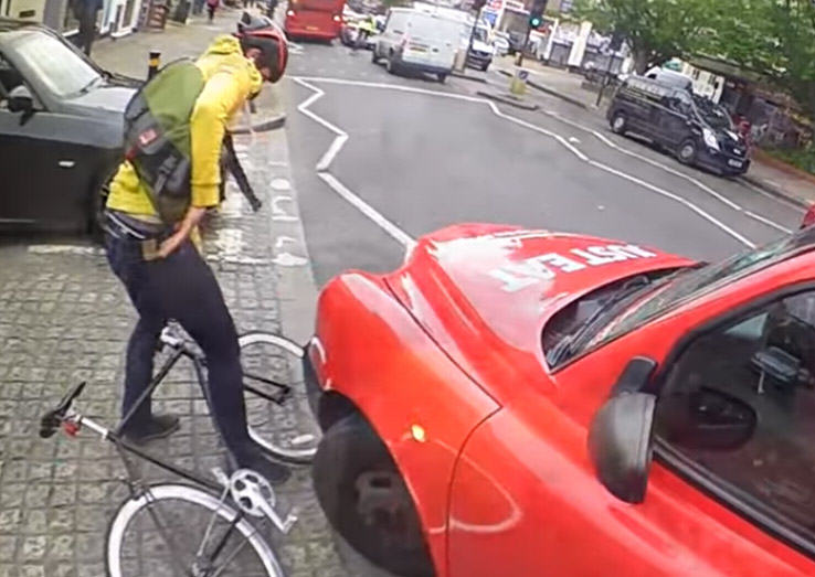 man hit 2 Video Shows Why Cyclists Should Never Undertake Taxi Drivers