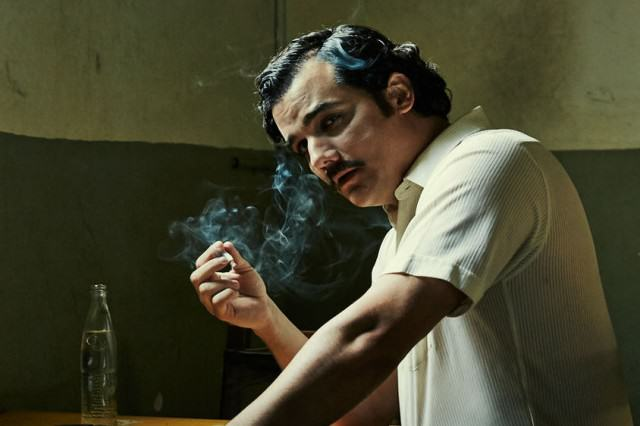 There Were So Many Times TV Kicked Films Arse In 2015 narcos 640x426
