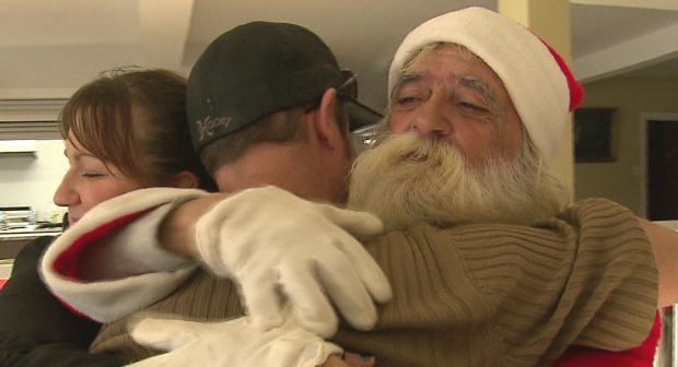 santa67 Homeless Santa Sees Christmas Come Early After Pay It Forward Facebook Post