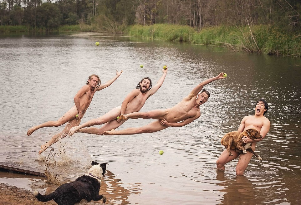 21 University Of Sydney Vet Students Strip For Charity Calendar Shoot