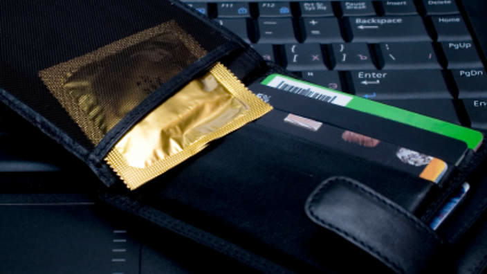 SBS Dont Leave Condoms In Your Wallet For Ages, And Other Life Hacks You Need
