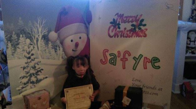 enhanced 16566 1450024931 1 Brave Little Girl Who Lost Family In Arson Attack Gets Her Christmas Wish