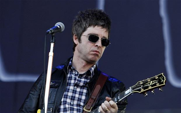 gallagher 2510775b These Brilliant Quotes Prove Noel Gallagher Is The Funniest Rock Star Alive