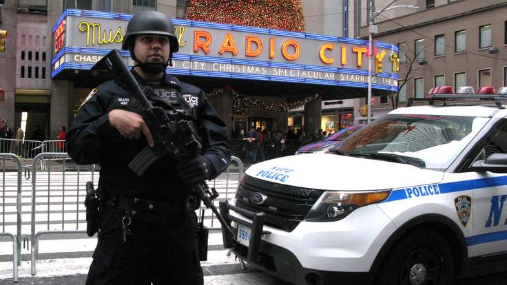gettyimages 502432530 1 736x414 Police Foil New York Terrorist Attack Plot Planned For New Years Eve