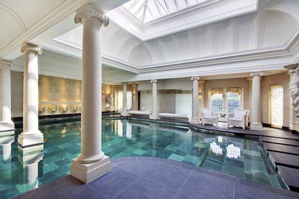 This Seven Bedroom Home Costs An Unbelievable £46.5 Million house3