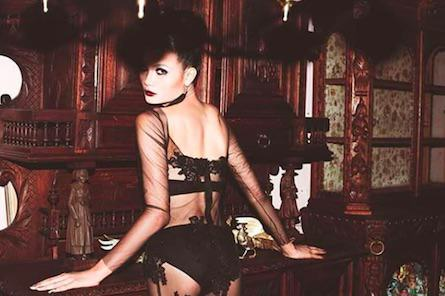 mimi2 From Buddhist Monk To Thailands Top Lingerie Model, Meet Mimi Tao