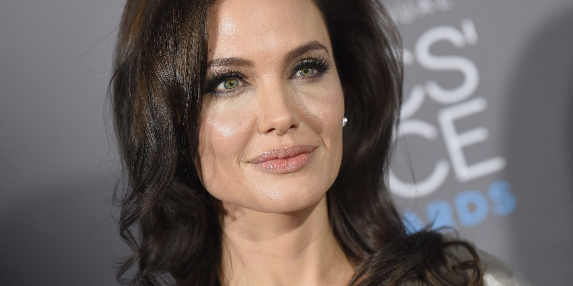o ANGELINA JOLIE facebook Seven Celebrities You Probably Didnt Know Battled Drug And Alcohol Addictions