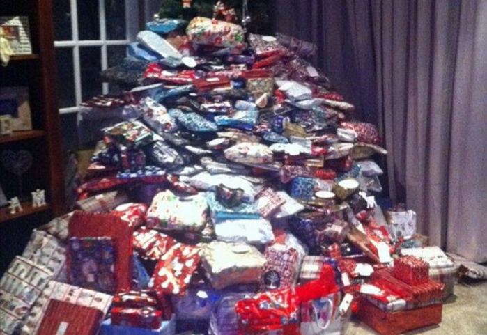 Mother Spends £1,500 On Christmas Presents, Insists Children Are Not Spoilt presents1