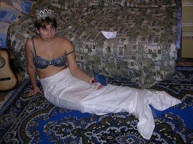 russia9 These Russian Dating Site Pictures Are The Weirdest Thing Ever