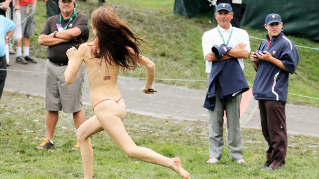 streaker2 The Ten Worst Dares People Have Actually Done