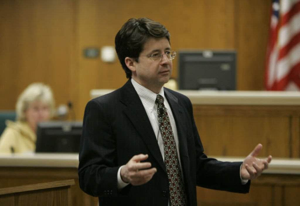 Steven Averys Defence Lawyer Responds To Claims Making A Murderer Is Biased MAM4