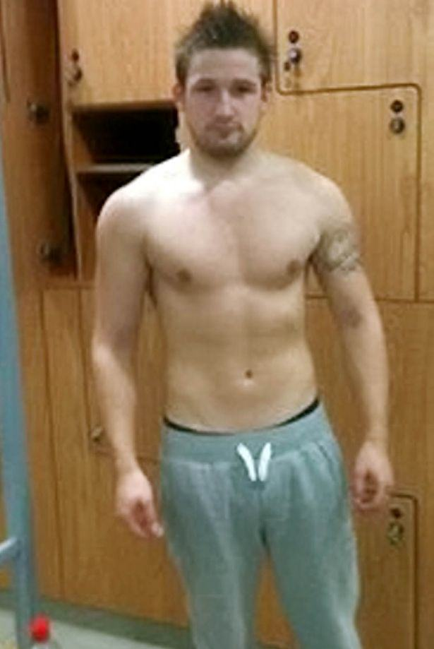 PAY Lewis Brown 5 Gym Obsessed Dad Left Fighting For Life After Insides Cooked By Diet Pills