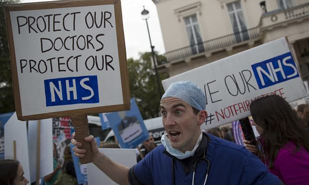 We Spoke To The Hero Doctor Who Crossed Picket Lines To Help A Man doctors1
