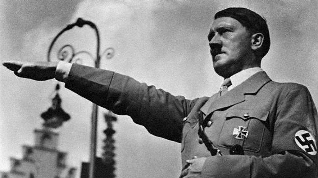 hitler3 CIA Veteran Claims Hitler Faked His Death, Moved To The Canary Islands