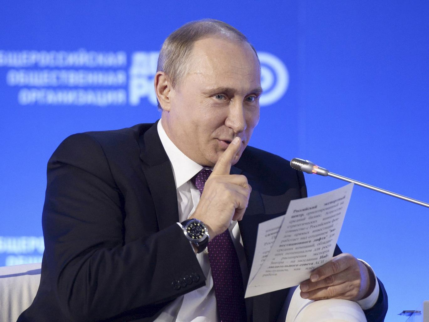 v2 putin kremlin Putin Has Just Banned Prisoners From Using Naughty Words