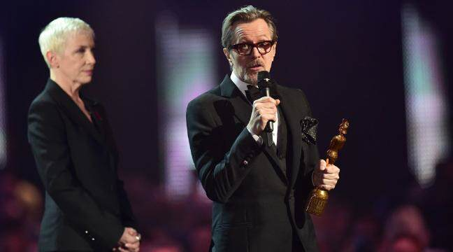 Nearly Naked Model Surprises Ant And Dec During Brit Awards brits22