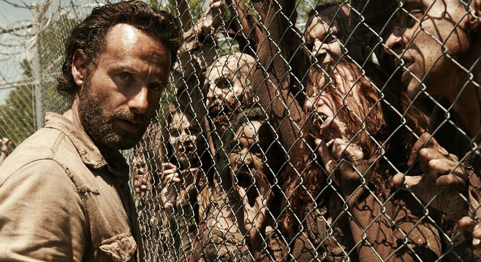 The Pros & Cons Of Surviving A Zombie Apocalypse %name