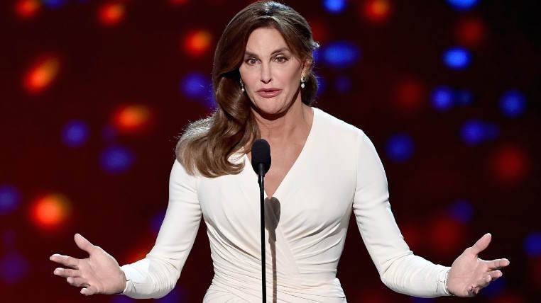 150716070949 02 caitlyn jenner espys exlarge 169 Caitlyn Jenner Tries To Ignite Family Feud After Her Show Gets Terrible Ratings