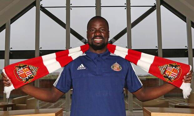 Emmanuel Eboue Sacked By Sunderland, Twitter Seizes Chance To Take The P*ss Eboue Guardian