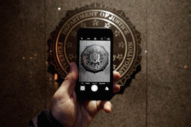 GettyImages 511896820 640x426 U.S. Government Ends Battle With Apple After Hacking iPhone Without Their Help