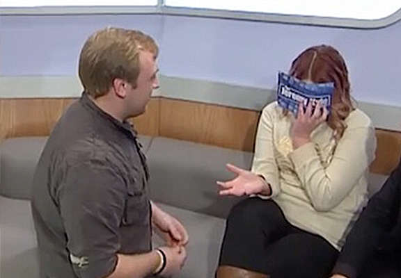 Guy Proposes To His Girlfriend On Jeremy Kyle, It's Horrifically Awkward