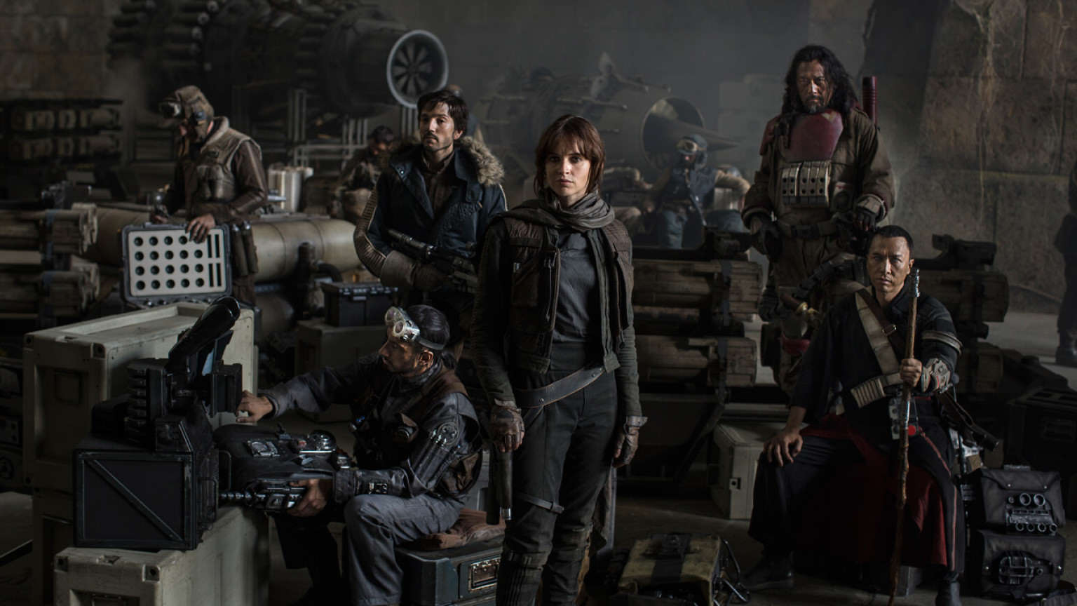 rogue one cast photo d23 1536x864 521514304075 Rogue One: A Star Wars Story Teaser Leaked Online