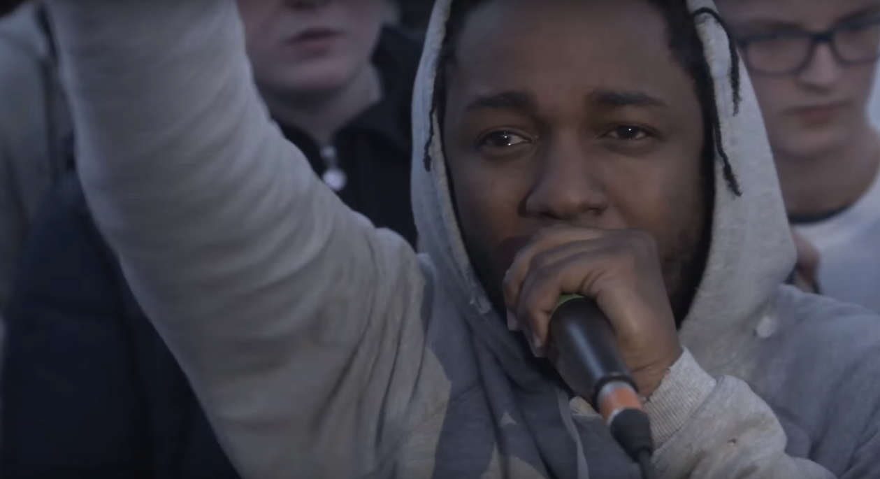 Watch Kendrick Lamar Steal Mic And Start Battling Rappers In Manchester screen shot