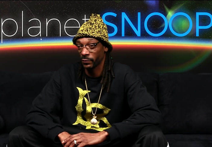 snoop1 Snoop Dogg Narrates Unbelievable Fight Between A Squirrel And A Snake