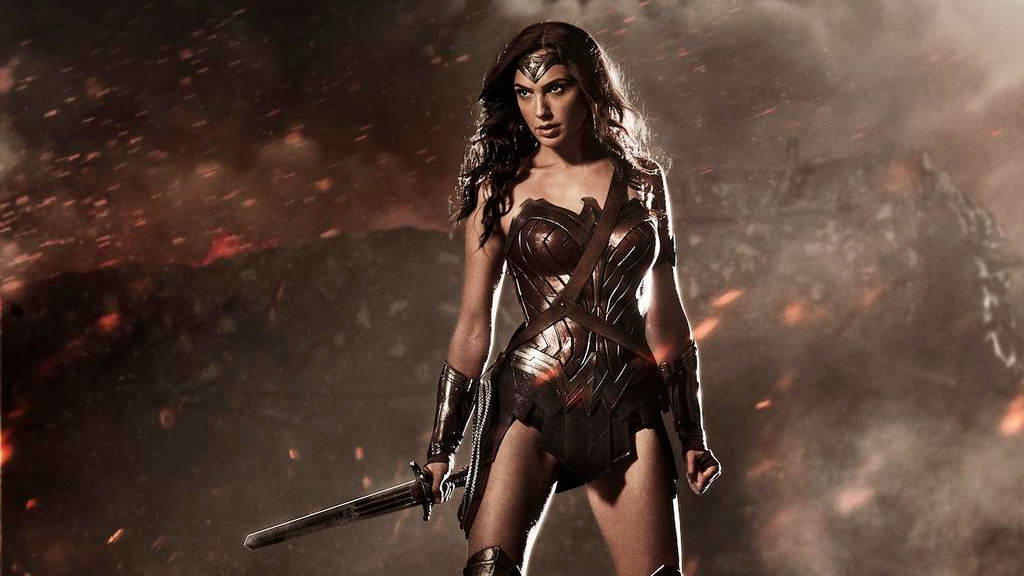 wonder woman1 Wonder Woman Star Gal Gadot Speaks Out About Male Objectification