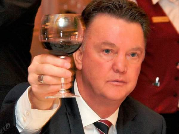 LVG wine twitter UNILAD Footballs Weekly Awards