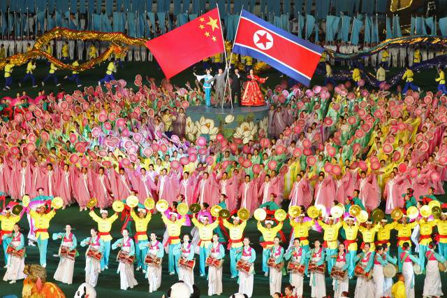North Korea   China friendship 5578914865 640x426 These North Korean Defectors Actually Regret Leaving
