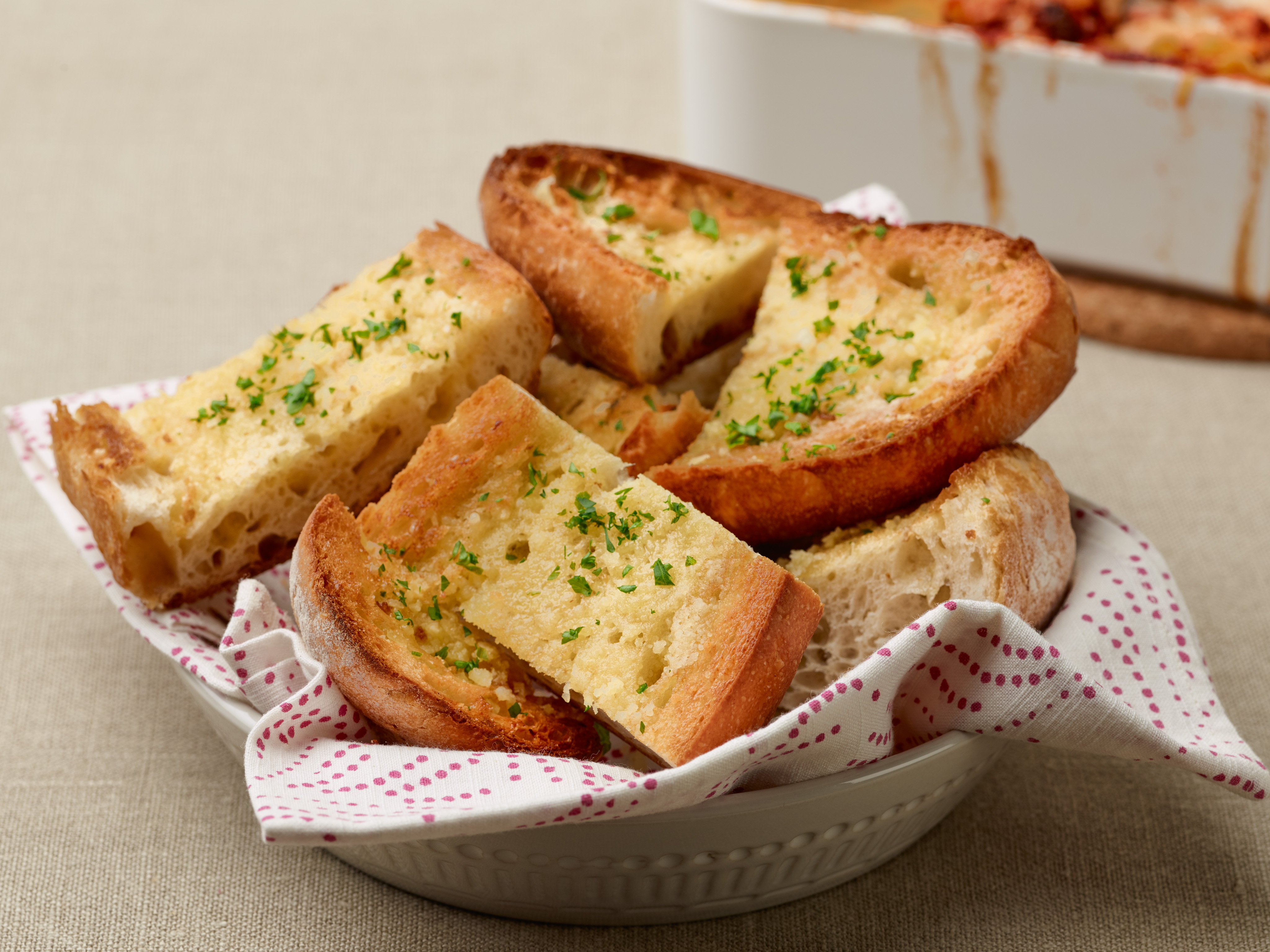 TM1A14F Garlic Bread s4x3 Someone Photoshopped Garlic Bread Into The Force Awakens And Its Just Brilliant